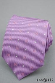 Lila kravata s prúžky a striebornými štvorčeky