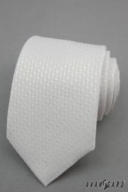 Biela kravata so striebornými bodkami