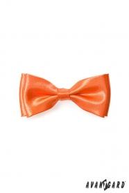 Výrazný chlapčenský oranžový motýlik