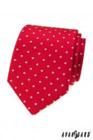 Červená kravata so vzorom