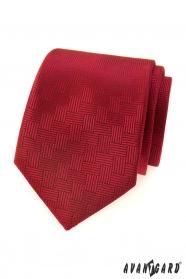 Červená pánska kravata s čiarkovanou štruktúrou