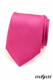 Výrazná pánska kravata fuchsiovej farby matná