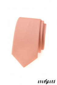 Úzka kravata v lososovej farbe