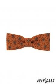 Dvojitý, oranžový motýlik s geometrickým vzorom