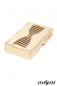 Drevená darčeková krabička na motýlik