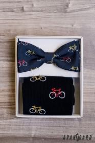 Pánsky motýlik v sete s ponožkami, vzor bicykel