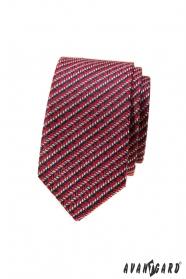 Červená slim kravata s modro-bielym vzorom