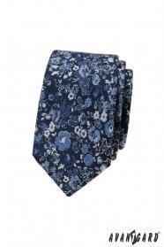 Tmavo modrá úzka kravata s kvetinovým vzorom
