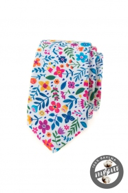 Biela slim kravata s farebnými kvetmi