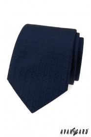 Modrá kravata so štvorcovou štruktúrou