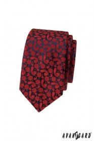 Slim kravata s červeným vzorom