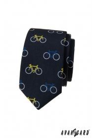 Modrá úzka kravata, vzor farebný bicykel